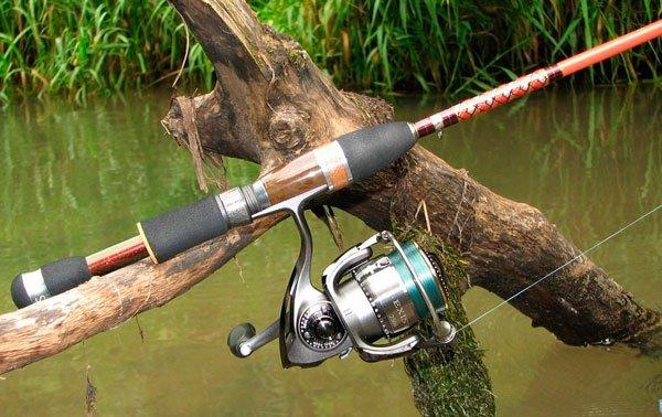 Рыболов снасти