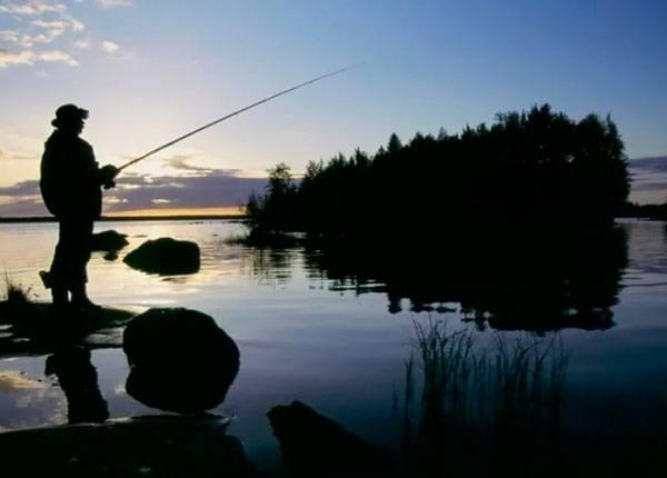 Рыбные места для спиннинга в глубоких озерах - Рыбалка на спиннинг