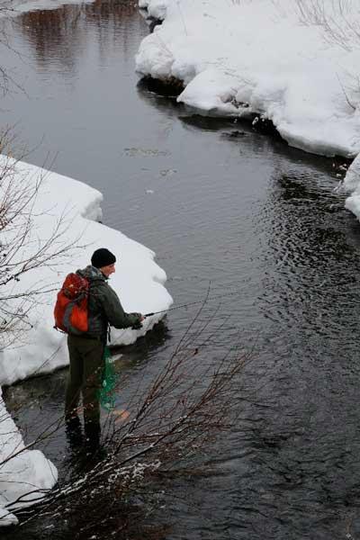 Фото: Зимний спиннинг на севере